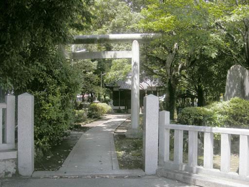 新屋坐天照御魂神社(宿久庄)