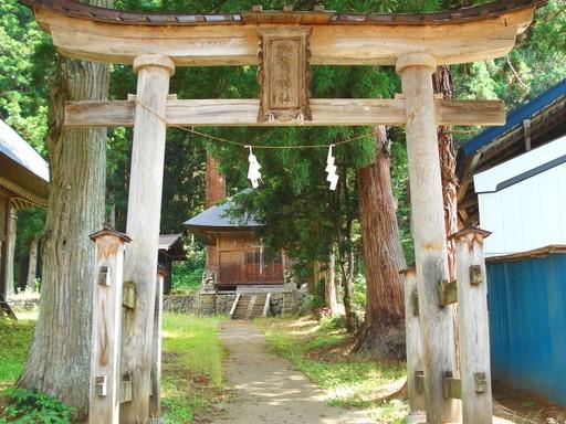 加茂神社(長野市鬼無里)