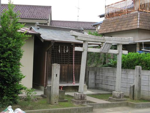 稲荷木社(久喜市本町5丁目)