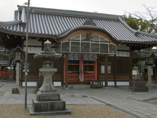 三輪神社(高槻市)